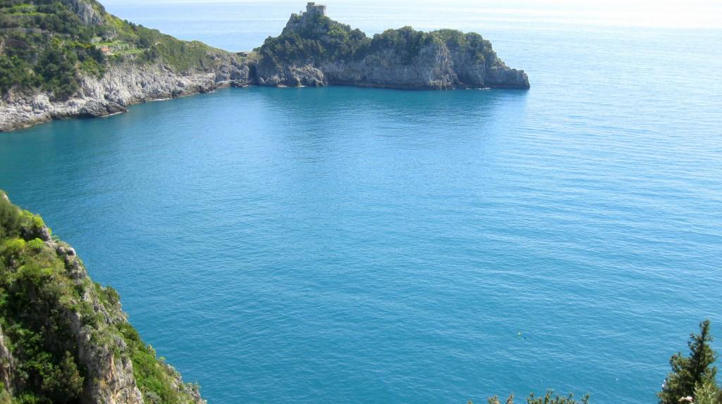 Sea outside the grotto