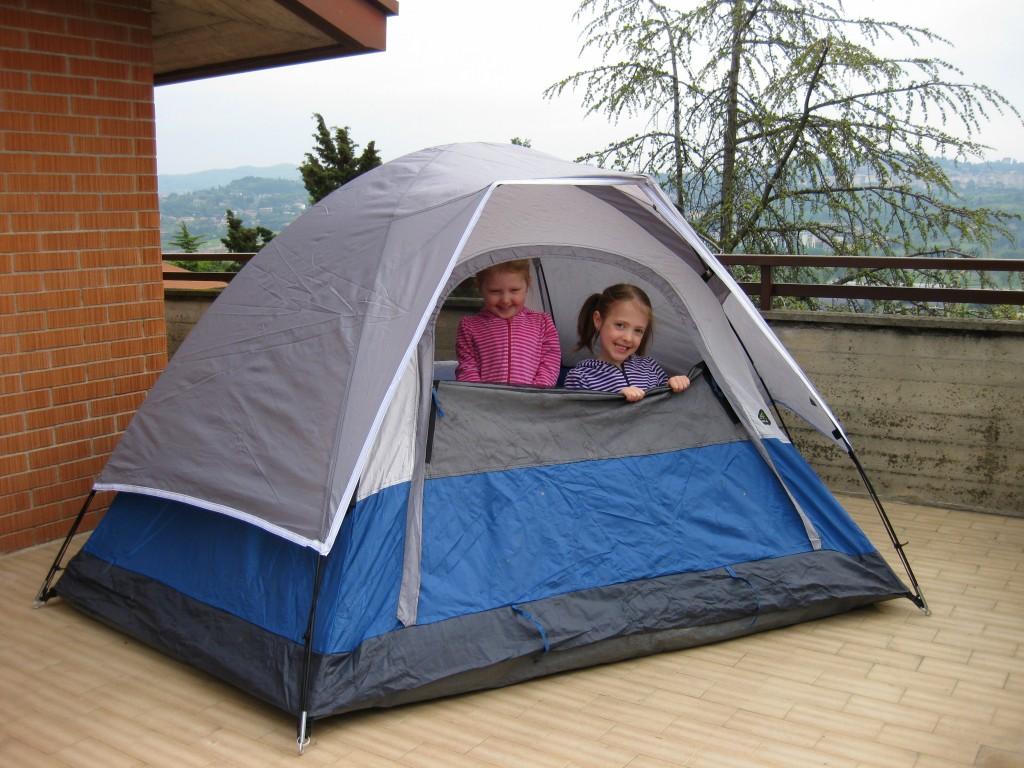 Balcony camping