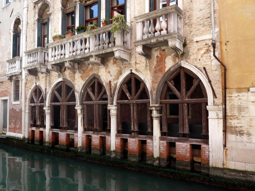 Rich Venetian's boat entrance