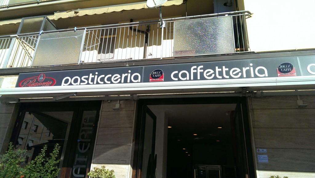 09.46 - Pasticceria