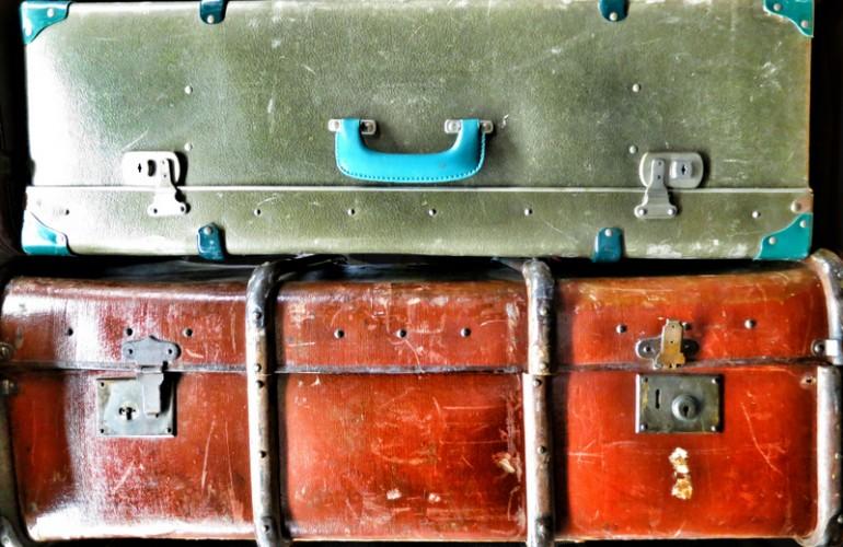 06 - Luggage